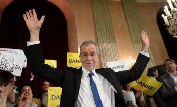 Austrijas prezidenta vēlēšanās uzvarējis 'zaļo' kandidāts Bellens