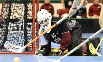 Latvijas U-19 florbolistes ar pamatīgu sagrāvi pret Somiju sāk pasaules čempionātu