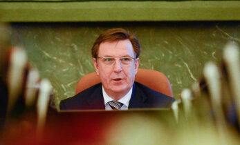 Ministru kabinets apstiprina Kučinska valdības rīcības plānu