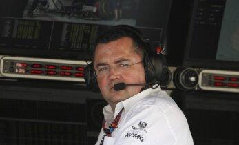 'McLaren' F-1 komadas vadītājs gandrīz iekļūst aviokatastrofā