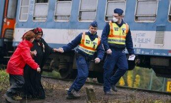 Ungārijas augstākā tiesa paver ceļu referendumam par ES migrantu kvotām