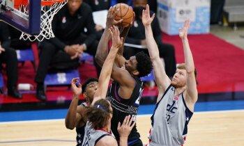 Bertānam karjeras rezultatīvākā 'play-off' spēle; 'Wizards' pirmajā mačā zaudē '76ers'