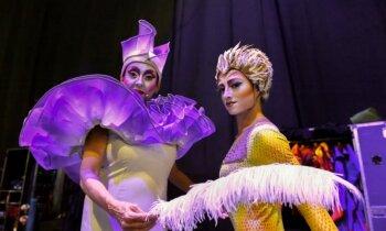 21. gadsimta 'cirka princeses': gaisā, mūzikā, ar adatu un skrūvgriezi