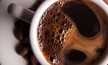 Cīņa par iekļūšanu kafijas krūzītē