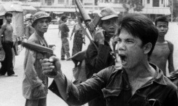 Atskats vēsturē: Kā khmeri nacionālas utopijas vārdā nogalināja trešdaļu tautiešu