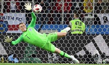 Anglija nervus kutinošā mačā pēcspēles sitienos uzvar Kolumbiju un iekļūst ceturtdaļfinālā