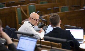 Garākā apspriešana Saeimas vēsturē beigusies – pieņemts novadu reformas likums