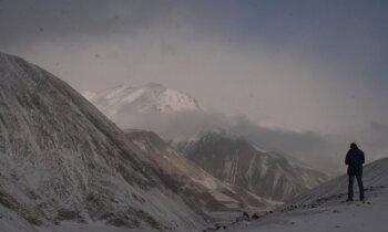 Gruzija ziemā: fantastiski kalni, apledojuši ceļi un 'dumpis uz kuģa'