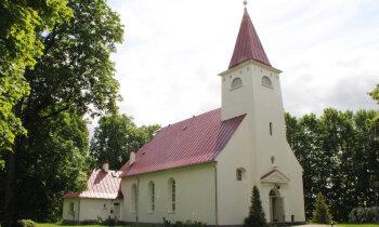 Lielvārdes luterāņu baznīcas draudzes priekšnieku tiesās par 284 574 eiro izkrāpšanu