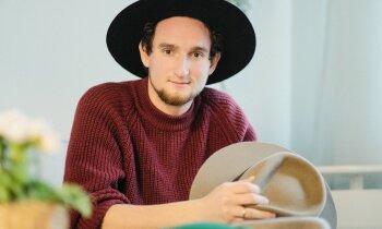 Cepuru meistars Kārlis: tās pašas uzkrita uz galvas