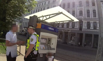 Rīgā aiztur 'auklīti' 3,48 promiļu reibumā