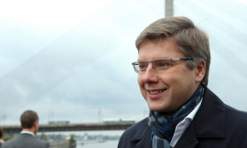 Aukstums Latvijā, izgaismots šaubīgs darījums, domnieku vizītes Krievijā. Šorīt svarīgākais vienkopus