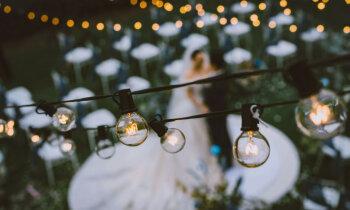 Lētāk noteikti nebūs. Vai nākamā gada kāzas jāplāno jau tagad?