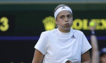 Ostapenko liek panervozēt līdzjutējiem Vimbldonas čempionāta pirmajā kārtā