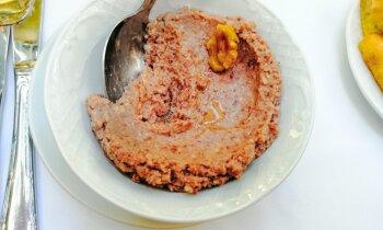 Sarkano pupiņu pastēte ar valriekstiem