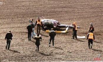 Priekules novadā nogāžas helikopters; viens bojā gājušais