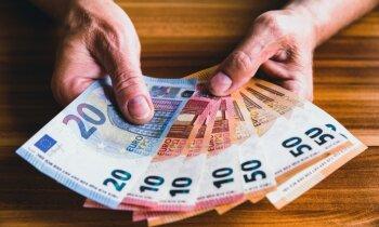 Sievietei par dokumentu viltošanu piemēro 2150 eiro naudas sodu