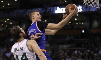 Porziņģis ar 20 punktiem kaldina 'Knicks' pārliecinošu uzvaru