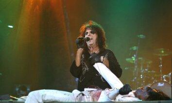 Eliss Kūpers: rokgrupas vairs nespēj šokēt klausītājus