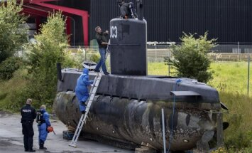 Pēc mīklainas zemūdenes nogrimšanas jūrā Dānijā atrod žurnālistes līķi bez galvas