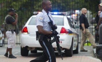 Pēc divu policistu slepkavības Ņujorkā ASV likumsargi strādā pastiprinātas spriedzes apstākļos