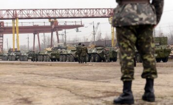 No Ļvovas izbraukusi Ukrainas militārās tehnikas kolonna