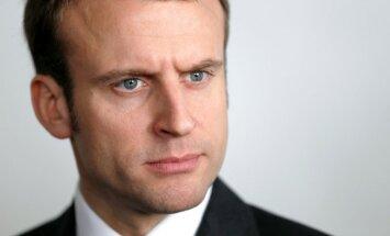 Francijas parlamenta vēlēšanu otrajā kārtā vadībā Makrona nometne, liecina aptauja