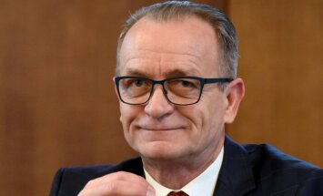 Оппозиции не удалось сбросить Расначса с поста министра юстиции