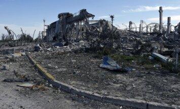 Ukrainas ministram aizdomas par kodolieroču izmantošanu Luhanskā; Krievijas atbilde - nevajag dzert 'burvju eliksīru'