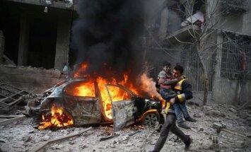 Gaisa triecienos pie Damaskas nogalināti 17 civiliedzīvotāji