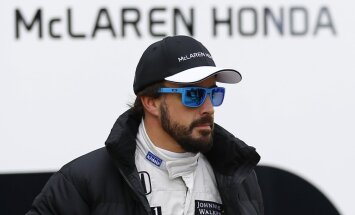 Alonso ir optimistiski noskaņots, neraugoties uz šīs sezonas neveiksmēm