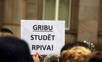 Vairumā RPIVA filiāļu krities uzņemto studentu skaits