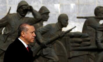 Ministrs: Turcija rīkos pretpasākumus jaunu ASV sankciju gadījumā