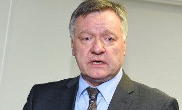 Главный врач онкоцентра Виестурс Круминьш восстановлен в должности