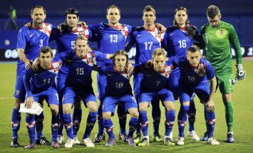 Horvātijas futbola izlase līdz pēdējam brīdim gaidīs līderus Krančaru un Lovrenu