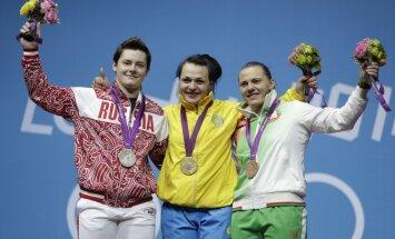 Dopinga sērga: iekrīt visas Londonas spēļu medaļnieces vienā svarcelšanas kategorijā
