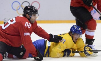 Zviedrijas izlase smagā cīņā pārspēj Šveices valstsvienību