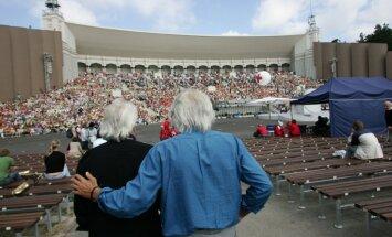 90. jubileju atzīmē Latvijas kormūzikas leģendas brāļi Kokari