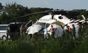 Līdz ar astotā zēna izglābšanu noslēgusies pirmdienas operācija Taizemes pazemē