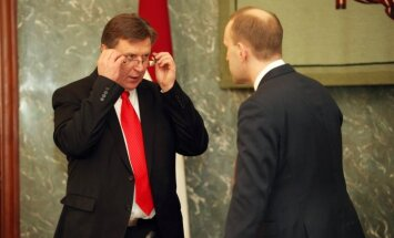 Kučinskis ministrus aicina pašus ziņot par valdībā skatāmajiem jautājumiem