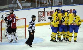 Latvijas izlase piedzīvo smagu zaudējumu zviedriem