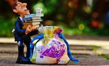 Īpašuma nodoklis pašvaldību maciņos: Pierīgā dāļā atlaides; pierobežā ķersta parādniekus