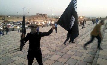 Gaisa triecienā Sīrijā nogalināts 'Daesh' propagandas aģentūras dibinātājs