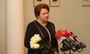 Премьер Латвии не поддержала бы введение в школах норм нравственного воспитания
