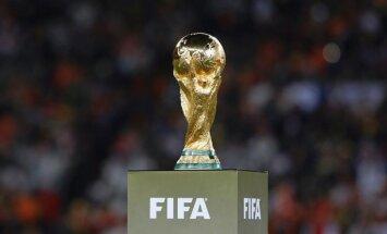 FIFA skandāls: DĀR meklēs korupcijas pierādījumus 2010. gada Pasaules kausā