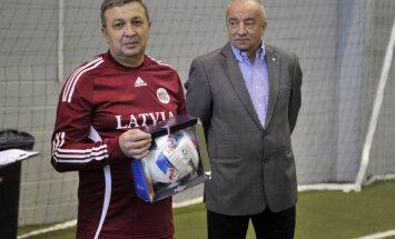 Orlovs lūdz Saeimu nodrošināt ar inventāru parlamentāriešus – futbolistus