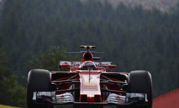 'Ferrari' piloti Raikonens un Fetels ātrākie noslēdzošajā Beļģijas posma treniņā