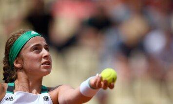 Ostapenko zaudē Sinsinati WTA turnīra dubultspēļu otrās kārtas cīņā