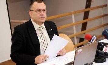 CVK locekļi izvairīgi par savu nostāju 'nepilsoņu referenduma' jautājumā