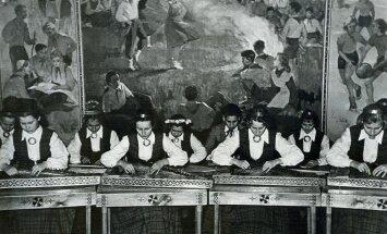 Ceļojums laikā: Rīgas Skolēnu pils koklētājas, šuvējas un dancotāji no 40. gadiem līdz mūsdienām